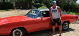 Hulk Hogan invades Crazy Taxi: City Rush, brother!